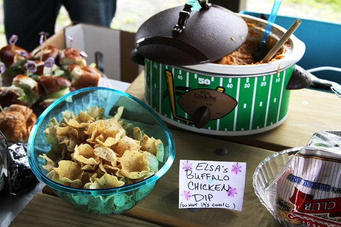 Frozen Birthday Party Food - Buffalo Chicken Dip