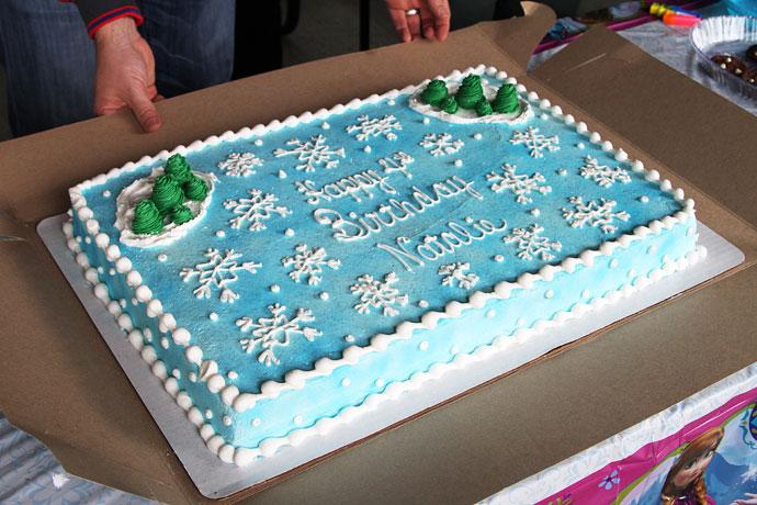 Frozen Birthday Cake - Snowflakes, Blue and White Cake