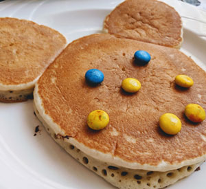 Shaped Pancake Breakfast Restaurant List for USA
